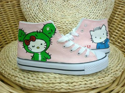 Anime Hello Kitty Pink Hand Painted Canvas Shoes-4