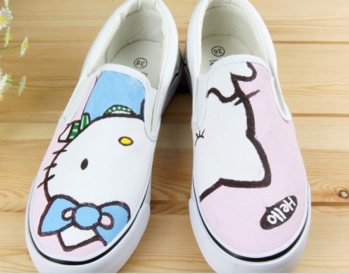 Low Hello Kitty White Pink 2 Hand Painted Canvas Shoes-1