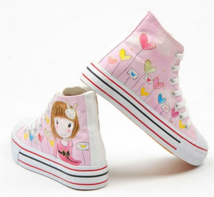 Bingle Damsel Pink Hand Painted Canvas Women Shoes Anime Shoes-1