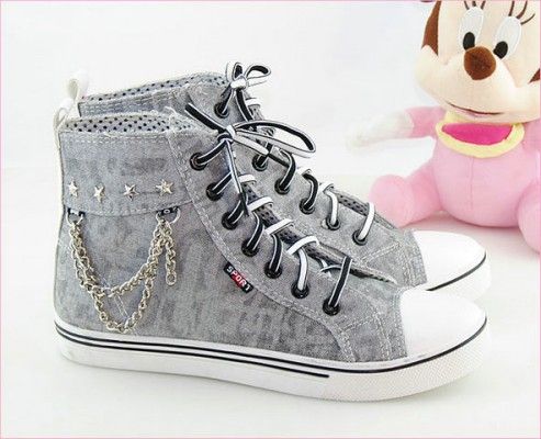 Painted Shoes Mental Chain Grey Canvas Women Shoes-1