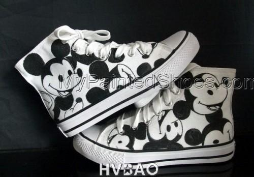 High Top Mickey Mouse White Black Hand Painted Canvas Sneaker-4