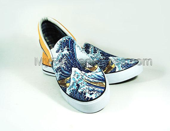 The Great Wave off Kaganawa Slip-on Painted Canvas Shoes-2