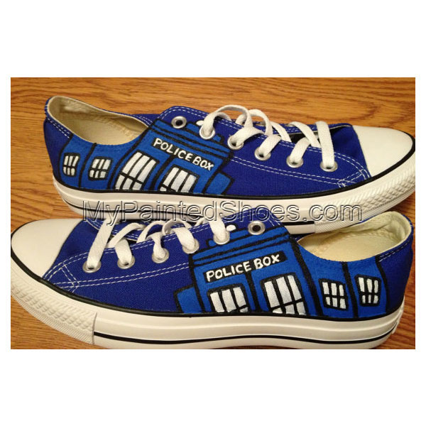 Dr. Who Hand Painted Custom Shoes Low-top Painted Canvas Shoes