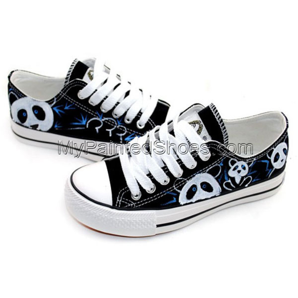 Cute panda cartoon shoes Low-top Painted Canvas Shoes