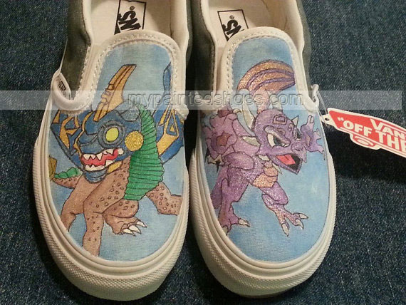 Hand-painted Skylanders Slip-on Painted Canvas Shoes-2