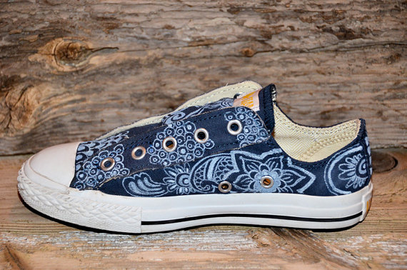Paisley/Floral on Blue All Stars-2