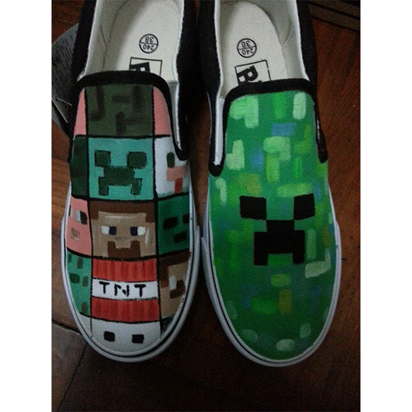 Enderman Slip-on Painted Canvas Shoes
