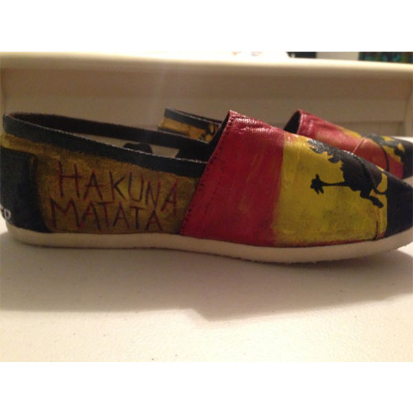 Hand-Painted Lion King Toms Shoes-3