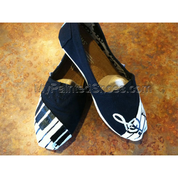 Music TOMS Painted Canvas Shoes-1