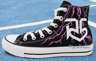 High Top Sneaker Converse R5 Logo lightning Hand Painted Customi-1