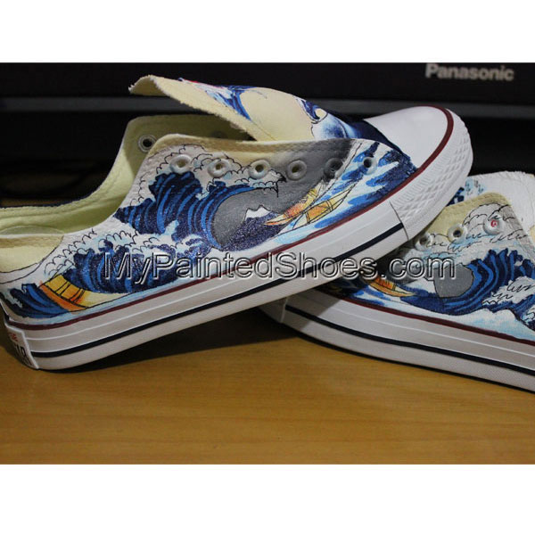 Lowtop Sneakers Custom The Great Wave off Kanagawa Custom Chuck-4
