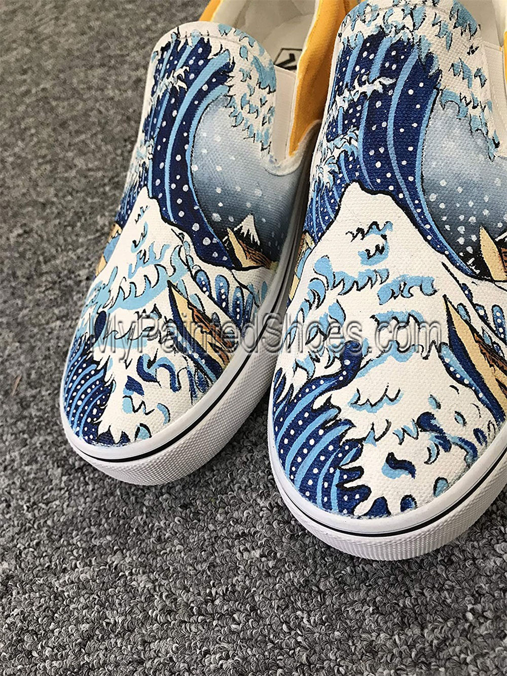 The Great Wave off Kanagawa Women Men's Canvas Sneakers-1
