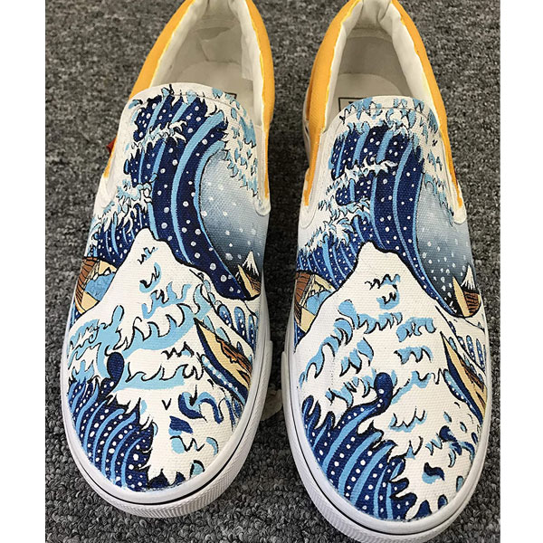 The Great Wave off Kanagawa Women Men's Canvas Sneakers